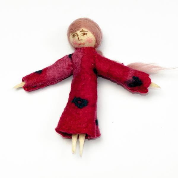 Lalka filcowa – czerwona